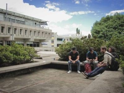 10 razones por las que la Universidad Rafael Landívar sigue siendo la mejor para el país Image