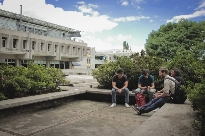 10 razones por las que la Universidad Rafael Landívar sigue siendo la mejor para el país imagen