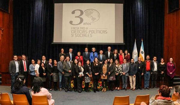 Conmemoración 30 Aniversario de la Facultad de Ciencias Políticas y Sociales imagen