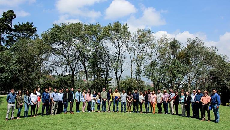 Reencuentro de egresados landivarianos imagen