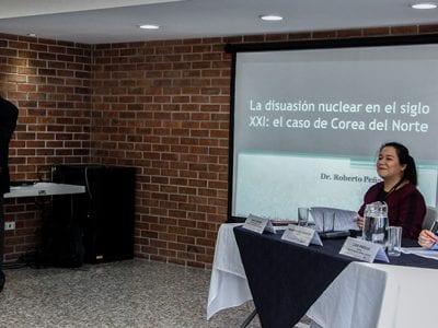 La Facultad de Ciencias Políticas y Sociales recibe la visita y formación por parte del Dr. Roberto Peña Guerrero Image