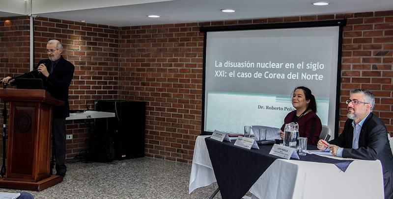 La Facultad de Ciencias Políticas y Sociales recibe la visita y formación por parte del Dr. Roberto Peña Guerrero imagen