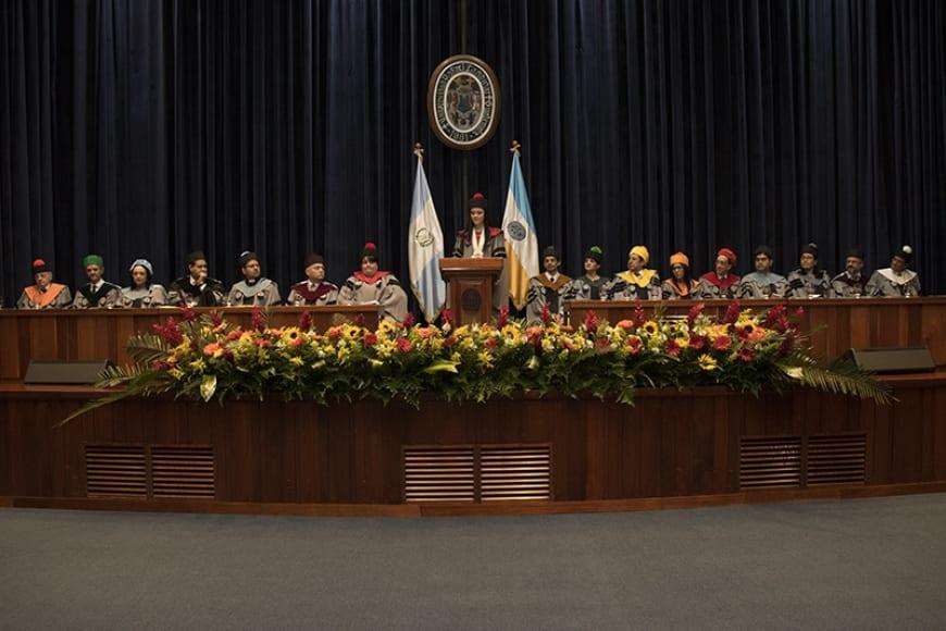 Profesionales que buscan el desarrollo de Guatemala imagen