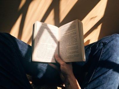 """Taller de Lectura """"Dios en la literatura de nuestro tiempo"""" Image"""