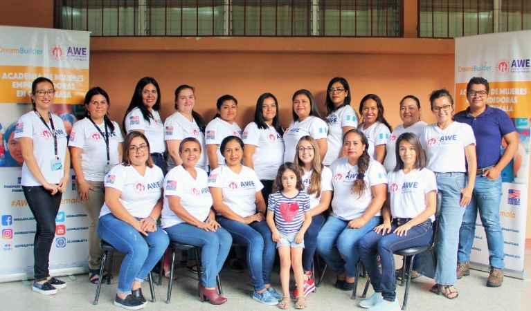 Academy for Women Entrepreneurs – Proyecto AWE imagen