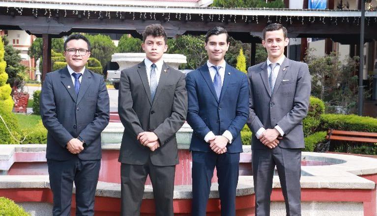 Landívarianos obtienen primer lugar en la Competencia Eduardo Jiménez de Aréchaga imagen