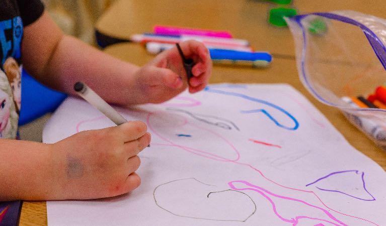 Educación preescolar y el mundo familiar imagen
