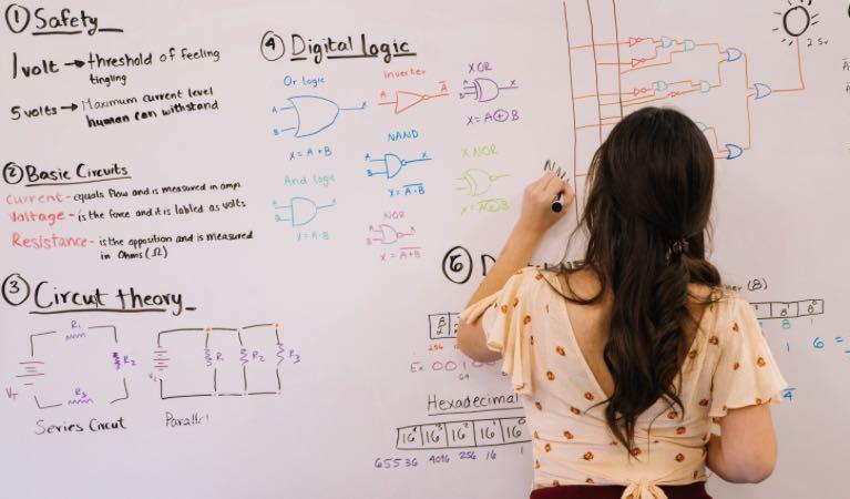Las emociones al enseñar matemática imagen