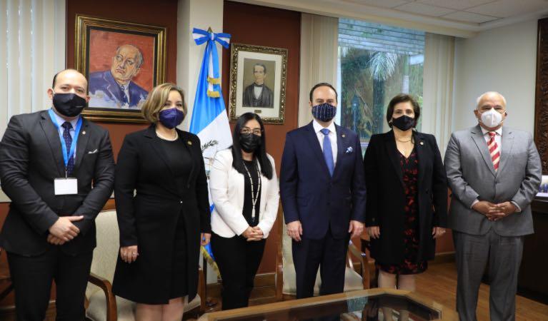 Firma de convenio con el Ministerio de Relaciones Exteriores imagen